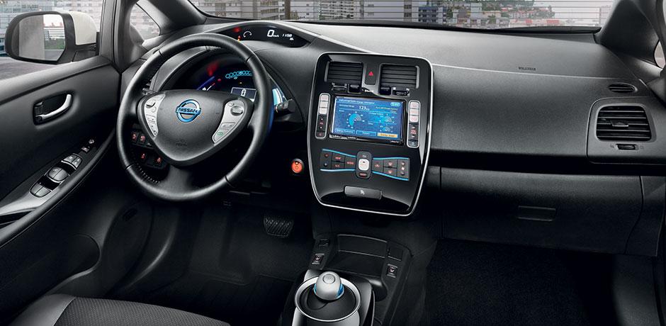 Renting vehículos eléctricos - Interior Nissan LEAF