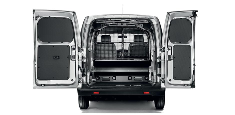 Nissan NV200 Van gris coffre