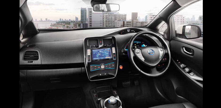 volante Nissan Leaf