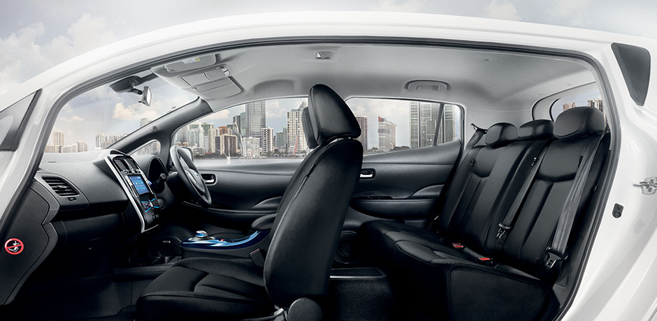 Nissan Leaf interior design