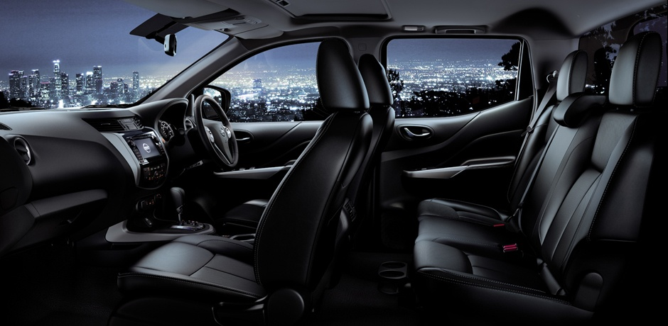 New Nissan NAVARA NP300 interior design