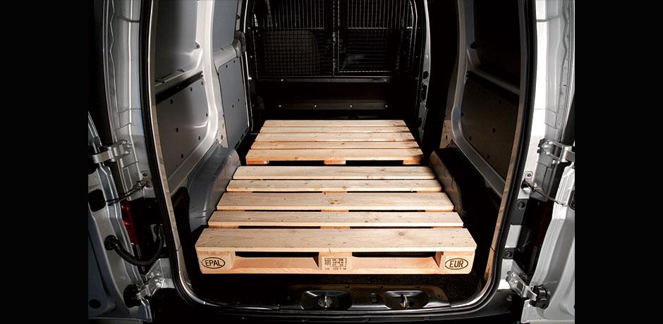 Nissan NV200 Van cargo space